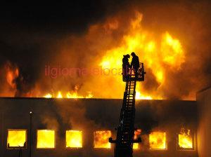 incendio_tessile3