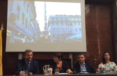 Foto conferenza Napoli