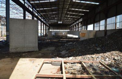 (ANSA) - NAPOLI, 12 OTT - Polizia Metropolitana sequestra area di 20mila mq con rifiuti nel Napoletano