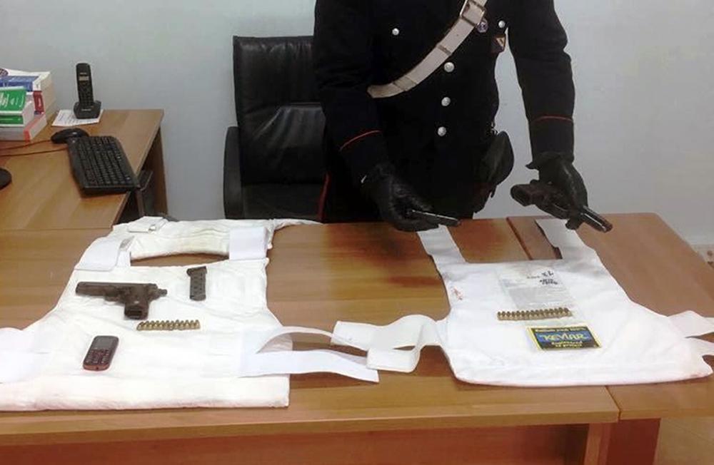 Sparatoria, ferimento, fuga e tentata rapina: due arrestati nel Nolano