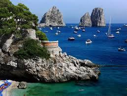 La sfida inizia da Capri