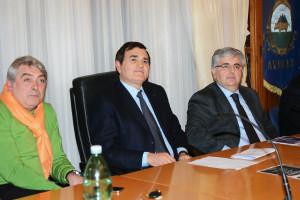 da sinistra: Domenico Biancardi, l'onorevo Patriciello e Salvatore Russo
