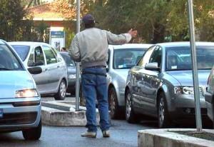 Parcheggiatori abusivi-6