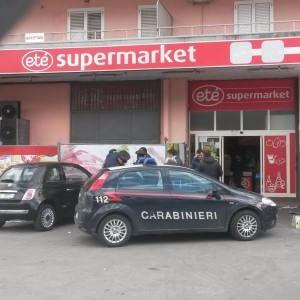 Rapina al supermercato