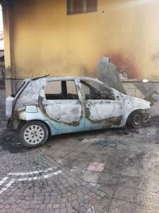 L'auto di Stringile, foto pubblicata dal candidato sul suo profilo facebook