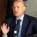 L'ex sindaco Carlo Ferone