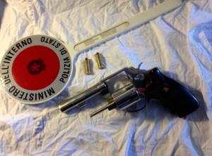 revolver (1)