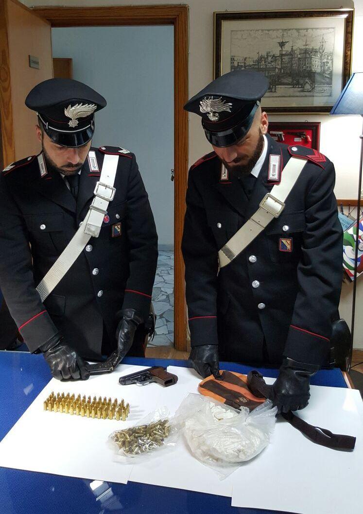 Alto impatto arresti e denunce per droga nel napoletano for Arresti a poggiomarino per droga