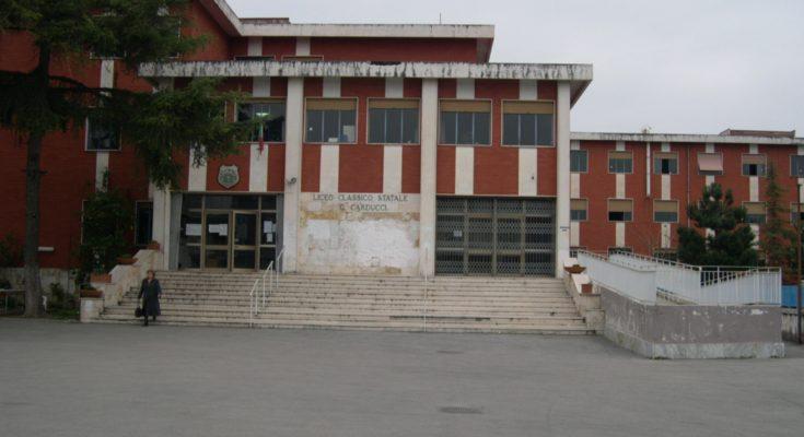 Nola liceo carducci