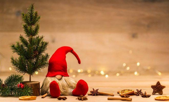Frasi Carine Per Natale.Buon Natale E Buone Feste Le Frasi E Le Citazioni Migliori Da Inviare Ilgiornalelocale It