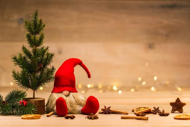 Auguri Di Natale Ad Un Amico.Buon Natale E Buone Feste Le Frasi E Le Citazioni Migliori Da Inviare Ilgiornalelocale It