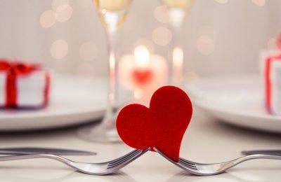 Fuga dal ristorante durante i fuochi d'artificio per cena San Valentino, 10 denunciati