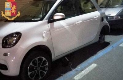 Ladro di pneumatici fermato dalla polizia a Portici