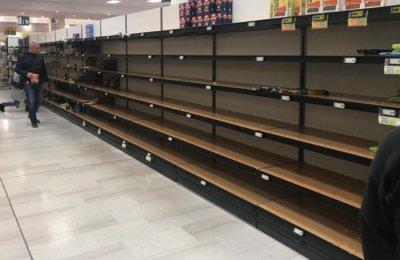 Psicosi da coronavirus: supermercati assaltati e svuotati